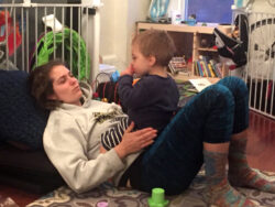 mom-lower-than-child